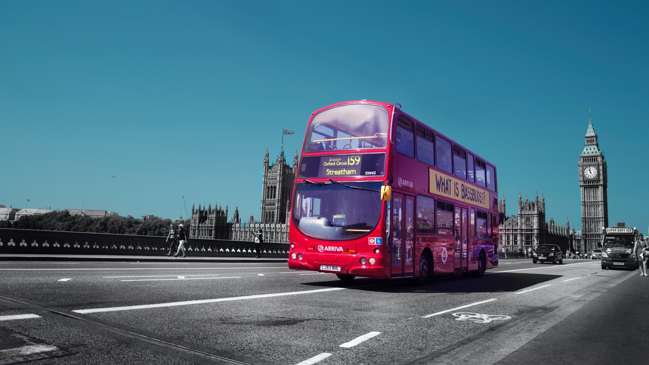 8-benefits-of-traveling-by-bus